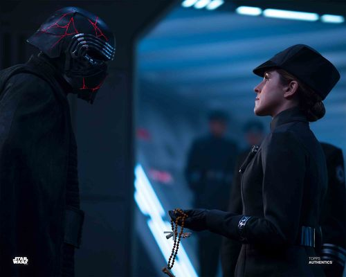 Kylo Ren and Officer Kandia
