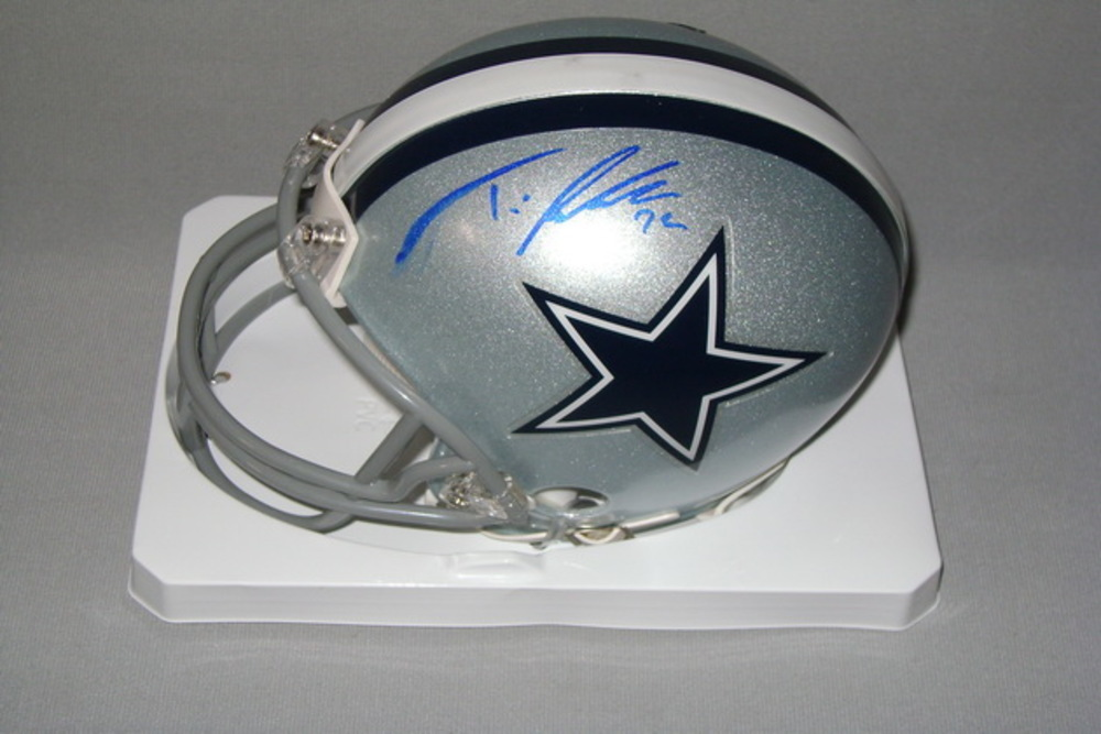 NFL - COWBOYS TRAVIS FREDERICK SIGNED COWBOYS MINI HELMET (SLIGHT SMUDGE)