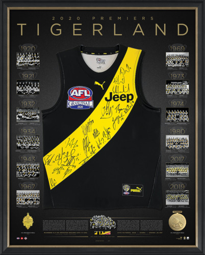 Photo of Richmond 2020 Premiers Team Signed Guernsey Ð Deluxe - Edition #19