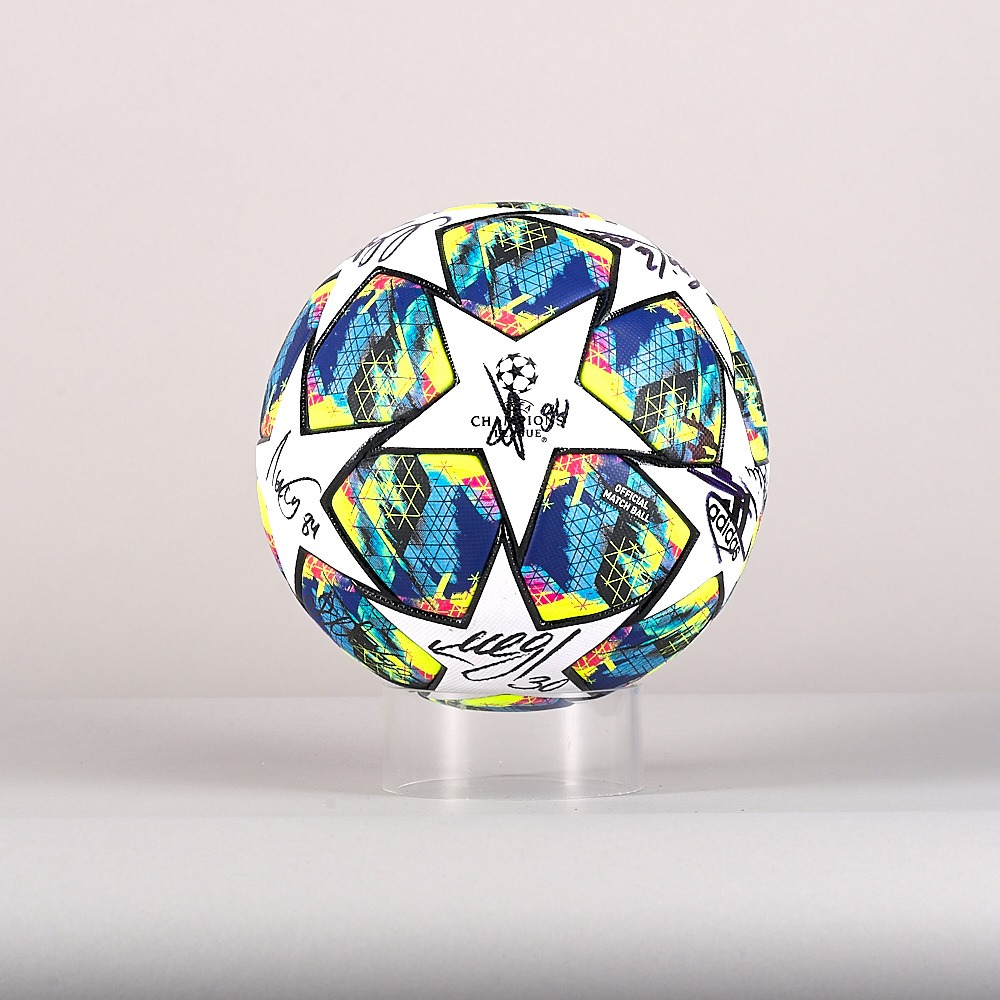 A 19/20 Champions League ball signed by the Lokomotiv Moskva Team