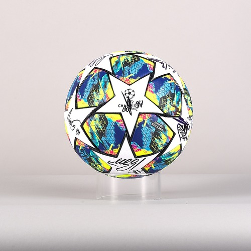 Photo of A 19/20 Champions League ball signed by the Lokomotiv Moskva Team