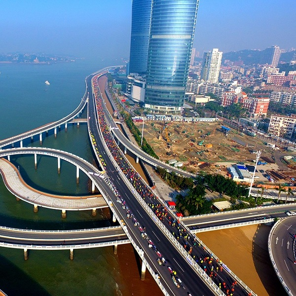 Click to view Run The World's Most Beautiful Marathon Racing Track in Xiamen.