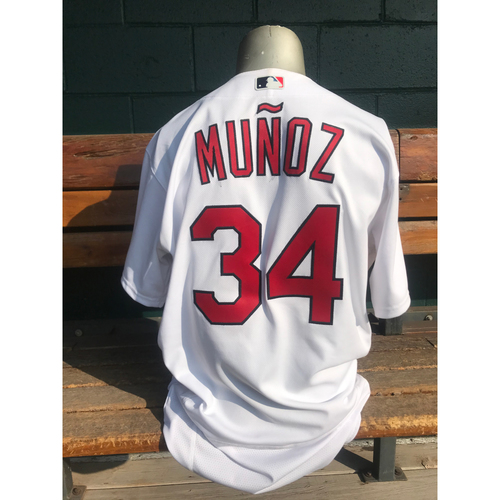 Photo of Cardinals Authentics: Yairo Munoz Game Worn Home White Cardenales Jersey