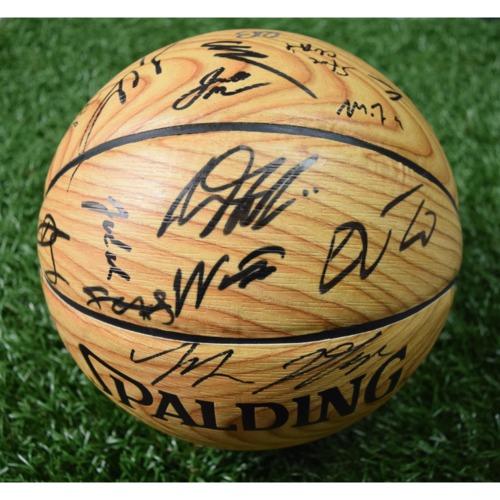 Photo of Rays Baseball Foundation Auction: Orlando Magic 2018-2019 Team Signed Basketball