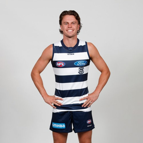 Photo of Oscar Brownless signed guernsey