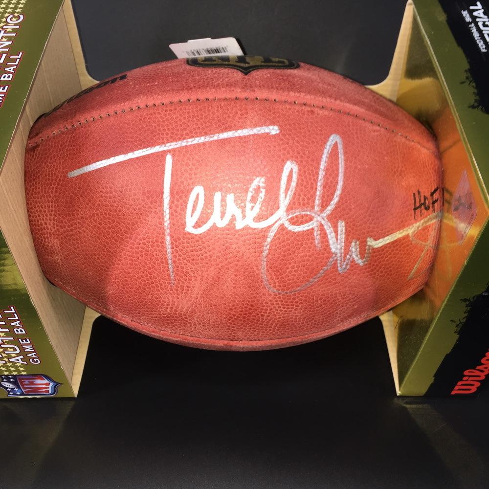 big sale f1824 da3f2 NFL Auction | PCC - Terrell Owens Signed Authentic Football ...