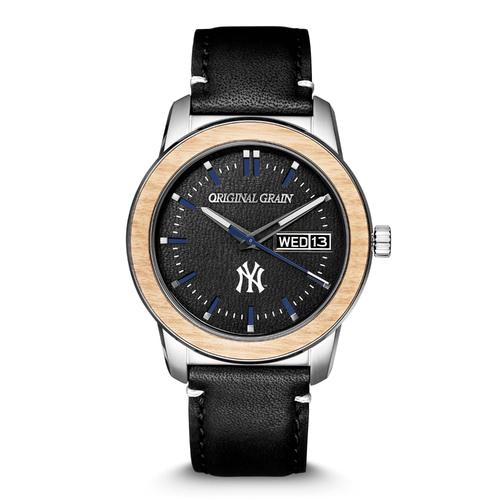 Photo of Rawlings Leather New York Yankees MLB Reclaimed 42mm Quartz
