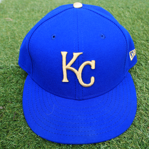 Photo of Game-Used Cap: Dale Sveum (Size 7 1/4 - MIN @ KC - 9/27/19)