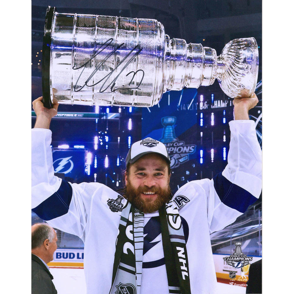 Victor Hedman Tampa Bay Lightning 2020 Stanley Cup Champions Autographed 11