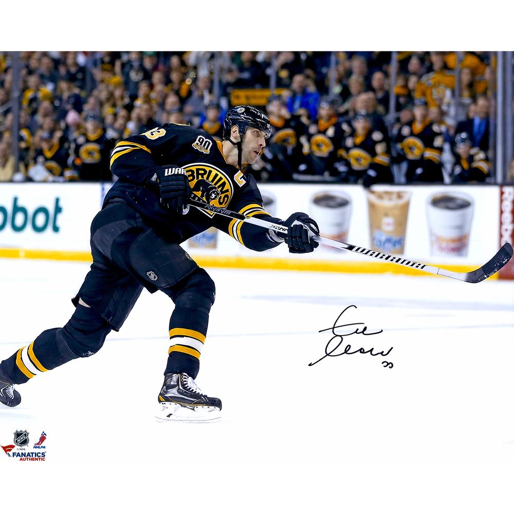Zdeno Chara Boston Bruins Autographed 16