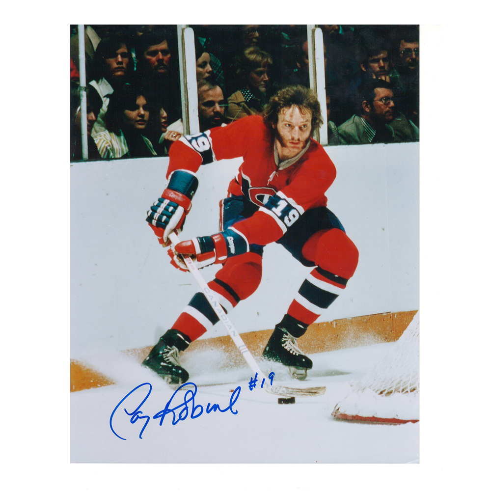 LARRY ROBINSON Signed Montreal Canadiens 8 X 10 Photo - 70197