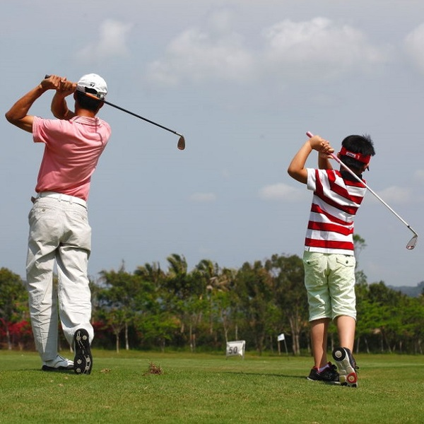 Click to view Family Golf + Kids Wonderland Discovery Vacation at Hilton Sanya Yalong Bay Resort & Spa.