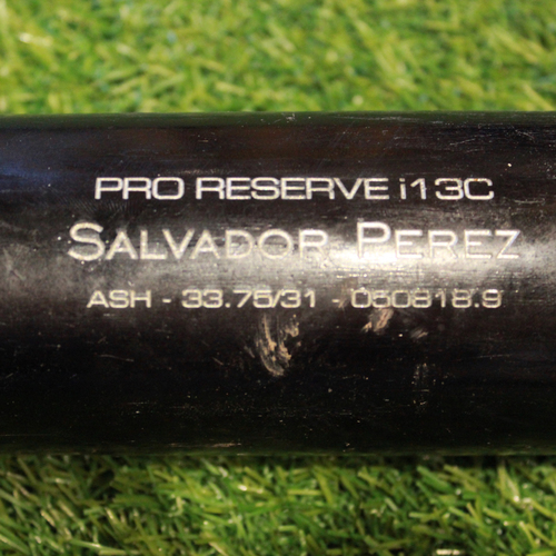Photo of Game-Used Broken Bat: Salvador Perez RBI Pop Into Force Out (NYY @ KC - 5/18/18)