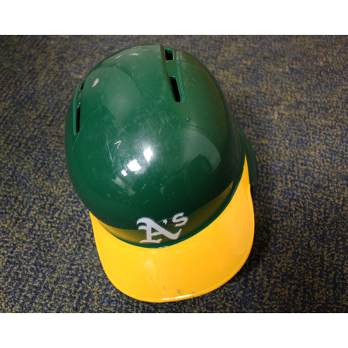 Photo of Stephen Piscotty Game-Used Kelly Green Helmet