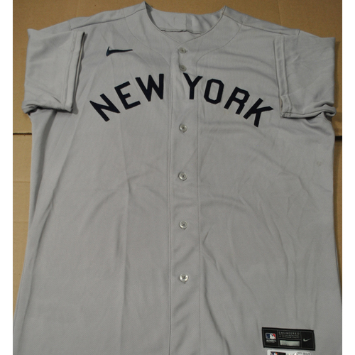 Photo of 2021 New York Yankees vs. Chicago White Sox in Dyersville, Iowa - Game-Used 1919 Throwback Jersey - Wandy Peralta - Size 46