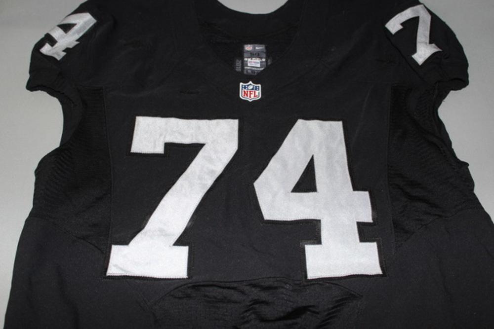 NFL International Series - Raiders Vadal Alexander game worn Raiders jersey (November 21 2016)