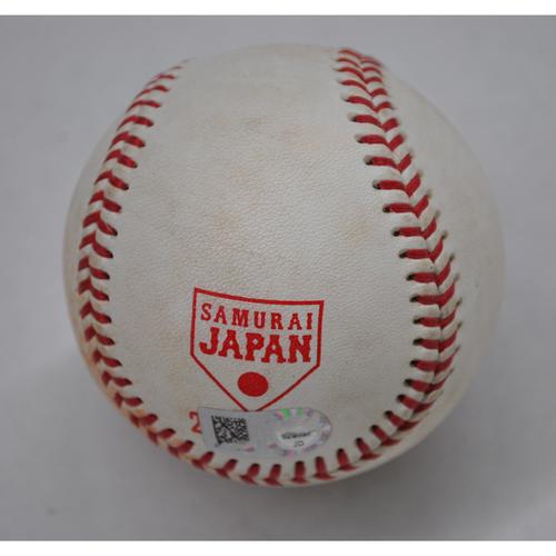 Photo of Game-Used Baseball - 2018 Japan All-Star Series - MLB All-Stars at NPB All-Stars - Top 2 - Pitcher: Nao Higashihama - Batter: Rhys Hoskins - Foul