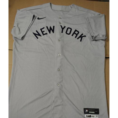 Photo of 2021 New York Yankees vs. Chicago White Sox in Dyersville, Iowa - Team-Issued 1919 Throwback Jersey - Joran Montgomery - Size 48