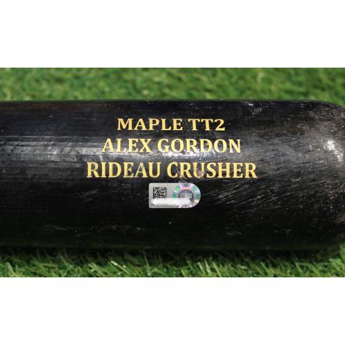 Photo of Game-Used Broken Bat: Alex Gordon 1,388th Career Hit (TEX @ KC - 6/18/18)