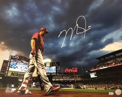 Photo of Mike Trout Autographed 16x20 - Citi Field Background