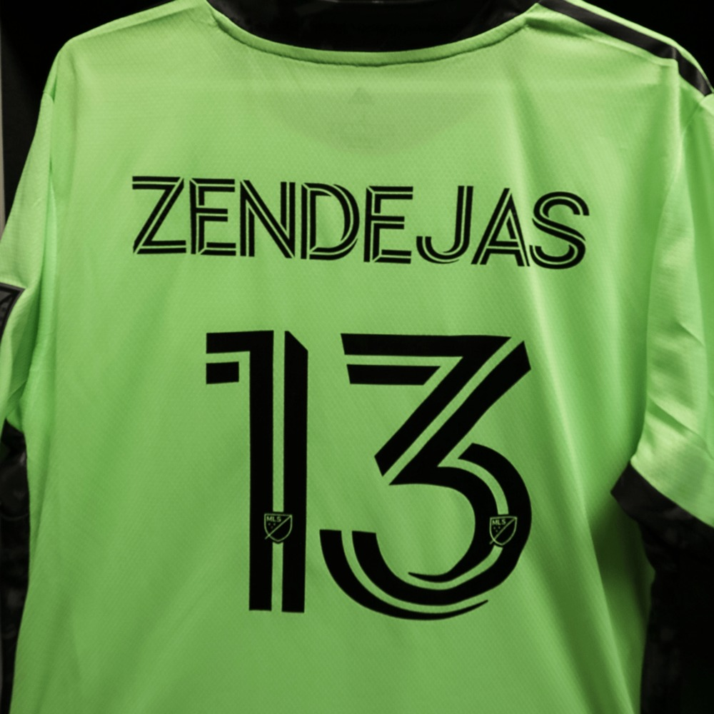 Official secondary jersey with