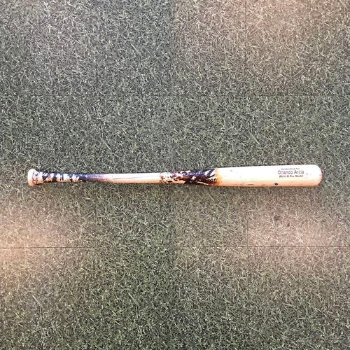 Photo of Orlando Arcia 09/24/20 Game-Used Cracked Bat - Broken By Luis Urias