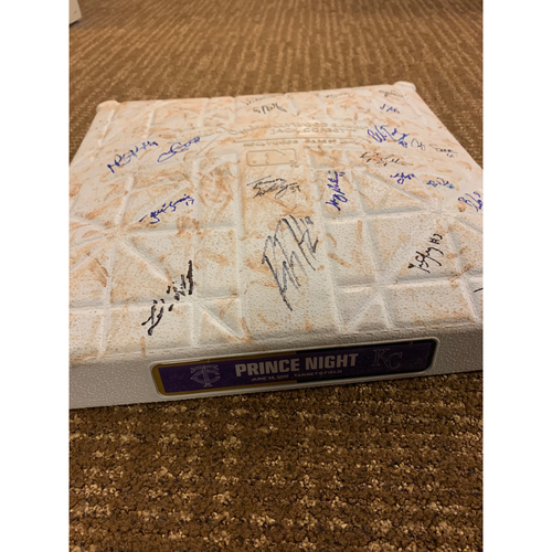 Photo of 2019 Prince Night Autographed Base