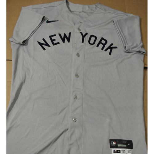 Photo of 2021 New York Yankees vs. Chicago White Sox in Dyersville, Iowa - Game-Used 1919 Throwback Jersey - Luke Voit - Size 46C