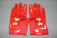 CRUCIAL CATCH - CHIEFS DEE FORD SIGNED AND GAME USED GLOVES (OCTOBER 15, 2017)