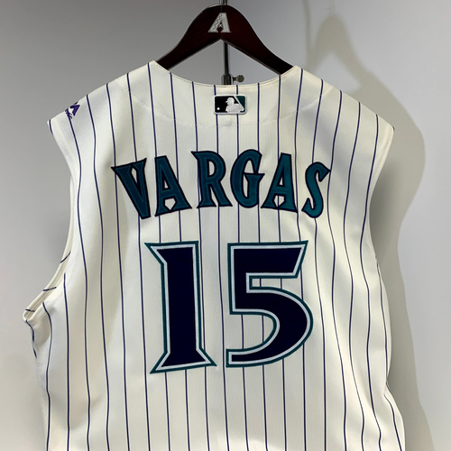Photo of Ildemaro Vargas Game-Used Jersey (RBI Single vs. Hyun-Jin Ryu) - Dodgers @ D-backs 8/29/2019