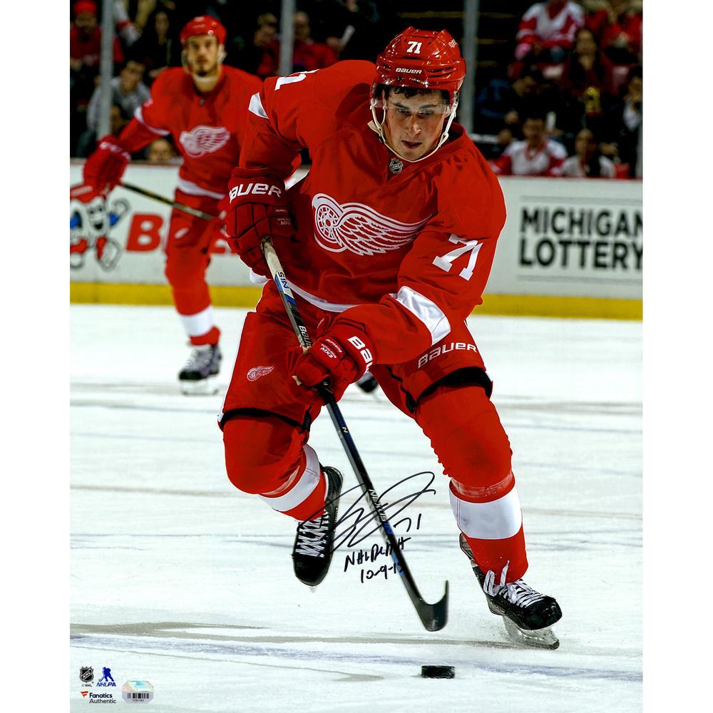 Dylan Larkin Detroit Red Wings Autographed 16