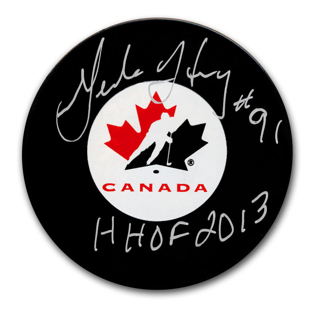 Geraldine Heaney Team Canada HOF Autographed Puck