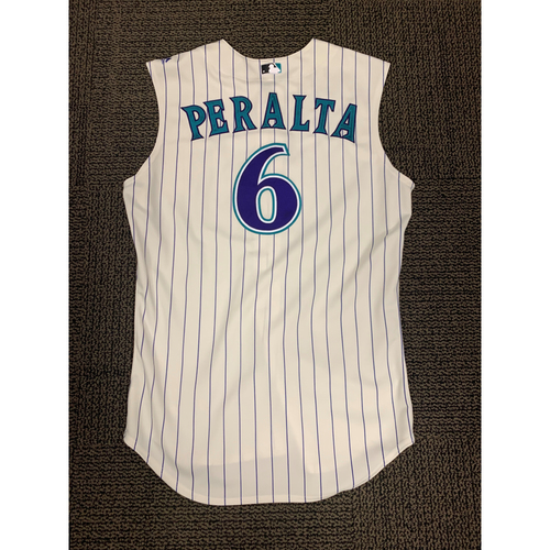 Photo of 2019 David Peralta Team-Issued Throwback Jersey