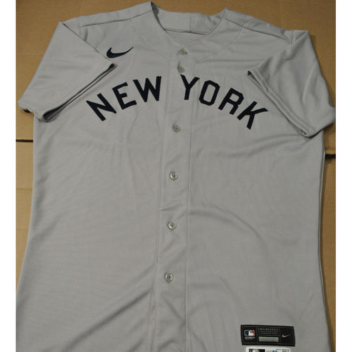 Photo of 2021 New York Yankees vs. Chicago White Sox in Dyersville, Iowa - Team-Issued 1919 Throwback Jersey - Luis Gil - Size 44