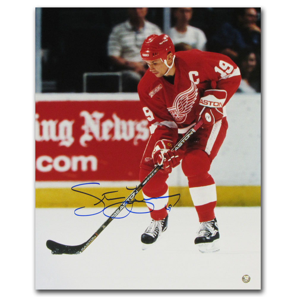 Steve Yzerman Autographed Detroit Red Wings 16X20 Photo