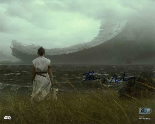 Daisy Ridley As Rey 8X10 AUTOGRAPHED IN 'BLUE' INK PHOTO