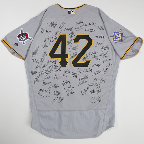 Photo of 2019 Jackie Robinson Day Jersey - Pittsburgh Pirates Team Autographed Jersey