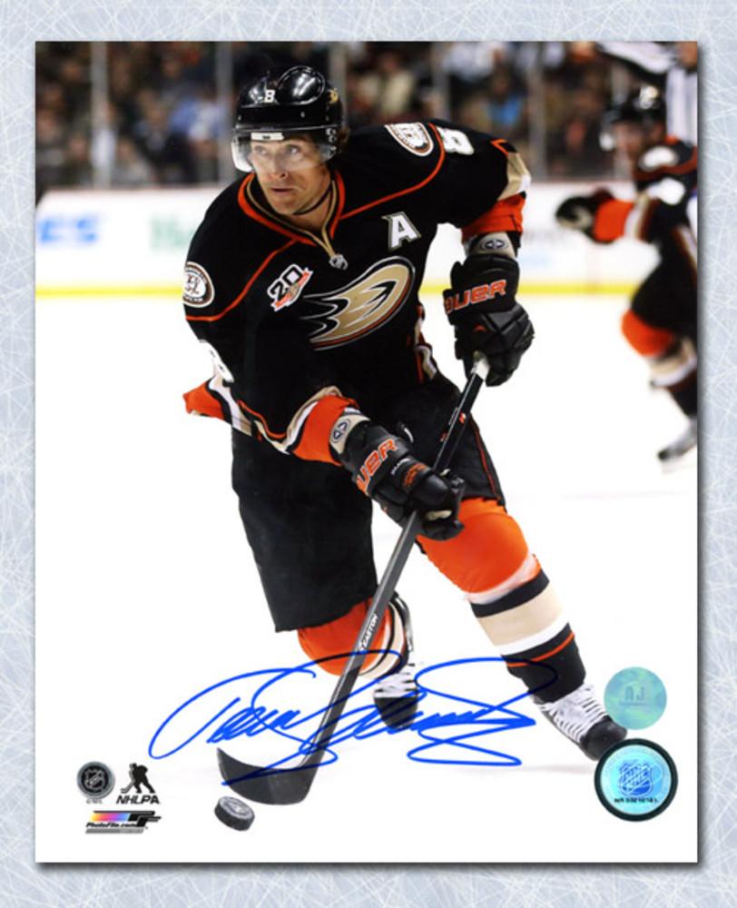 Teemu Selanne Anaheim Ducks Autographed Game Action 8x10 Photo