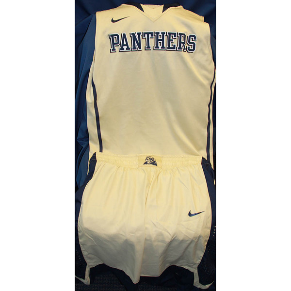 sports shoes 0a0cd 7489d Pittsburgh Panthers Official Auctions | Authentic Pitt ...