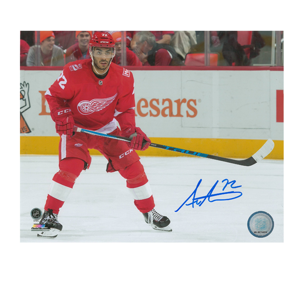 ANDREAS ATHANASIOU Detroit Red Wings 8 X 10 Photo - 70399A