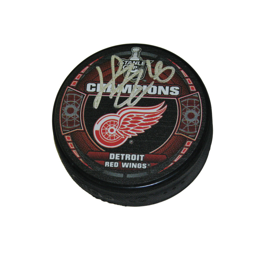 HENRIK ZETTERBERG Signed Detroit Red Wings 2008 Stanley Cup Champions Puck