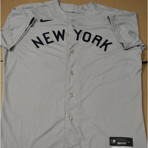 Photo of 2021 New York Yankees vs. Chicago White Sox in Dyersville, Iowa - Game-Used 1919 Throwback Jersey - Stephen Ridings - Size 48