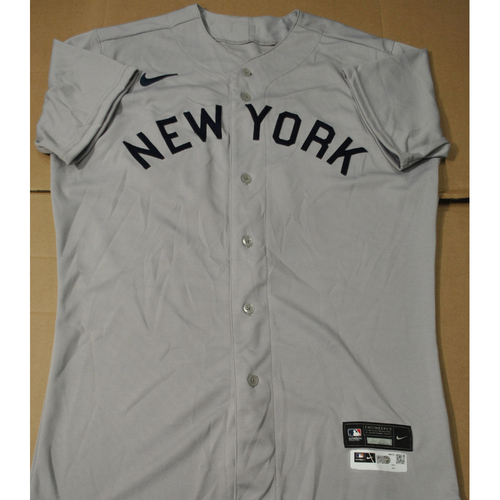 Photo of 2021 New York Yankees vs. Chicago White Sox in Dyersville, Iowa - Game-Used 1919 Throwback Jersey - Jonathan Loaisiga - Size 44T