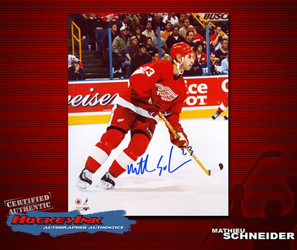 MATTIEU SCHNEIDER Signed Detroit Red Wings 8 X 10 Photo - 70253