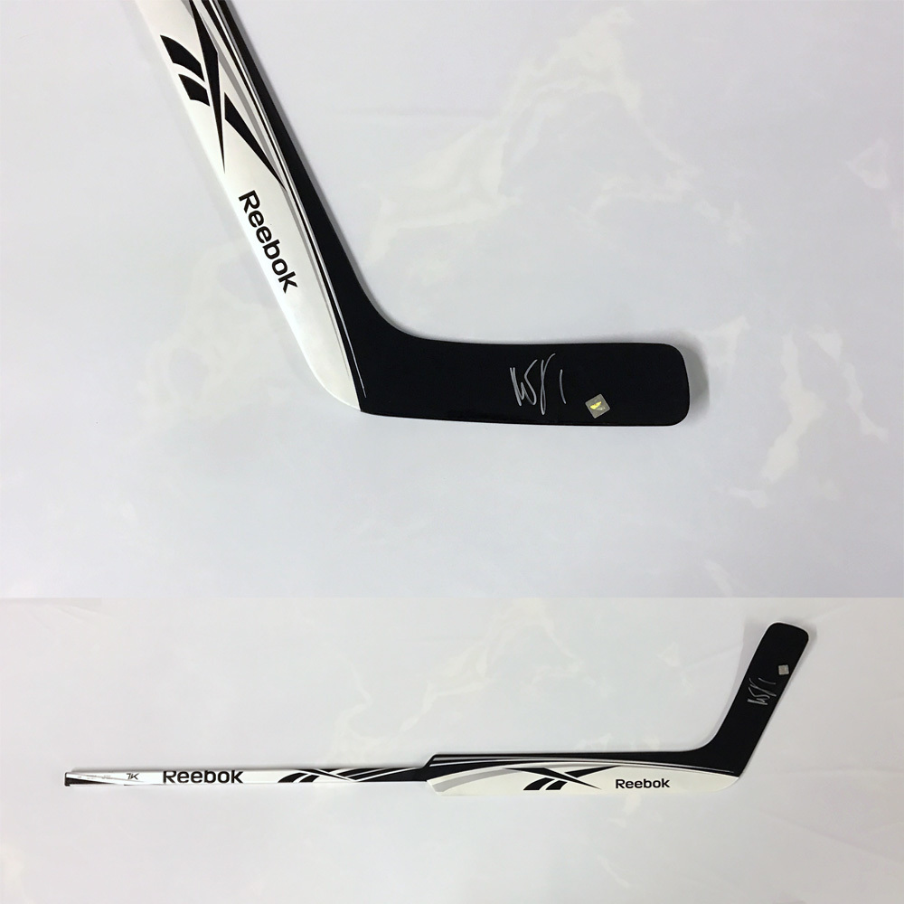 Roberto Luongo Signed Reebok 7k Stick Nhl Auctions