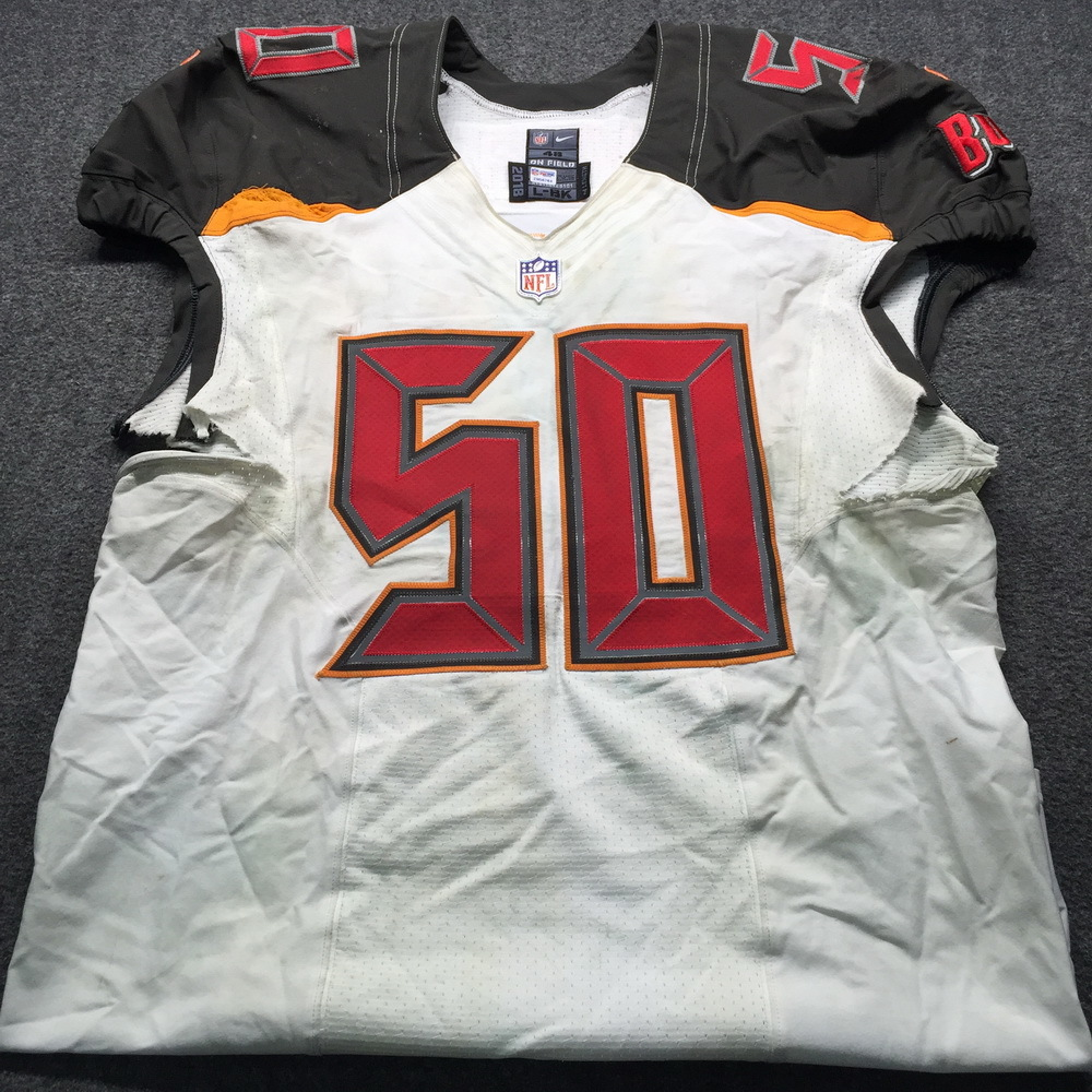 best cheap 4834c f331b NFL Auction | Crucial Catch - Buccaneers Vita Vea Game Used ...