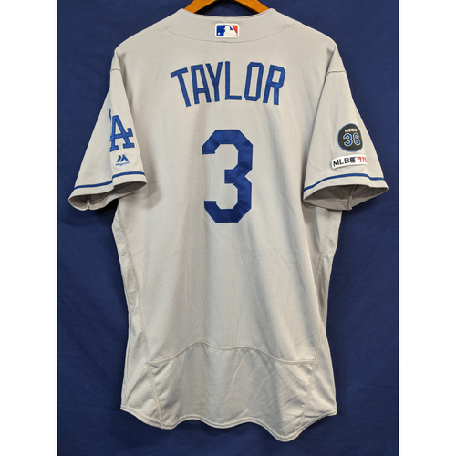 Photo of Chris Taylor 2019 Team Issued Road Jersey