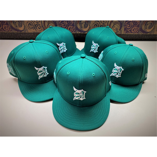 Photo of Detroit Tigers 2021 St. Patrick's Day Game-Used Green Cap Collection #3:  Hinch, Grossman, Santiago, Ross Jr. and Hale (MLB AUTHENTICATED)