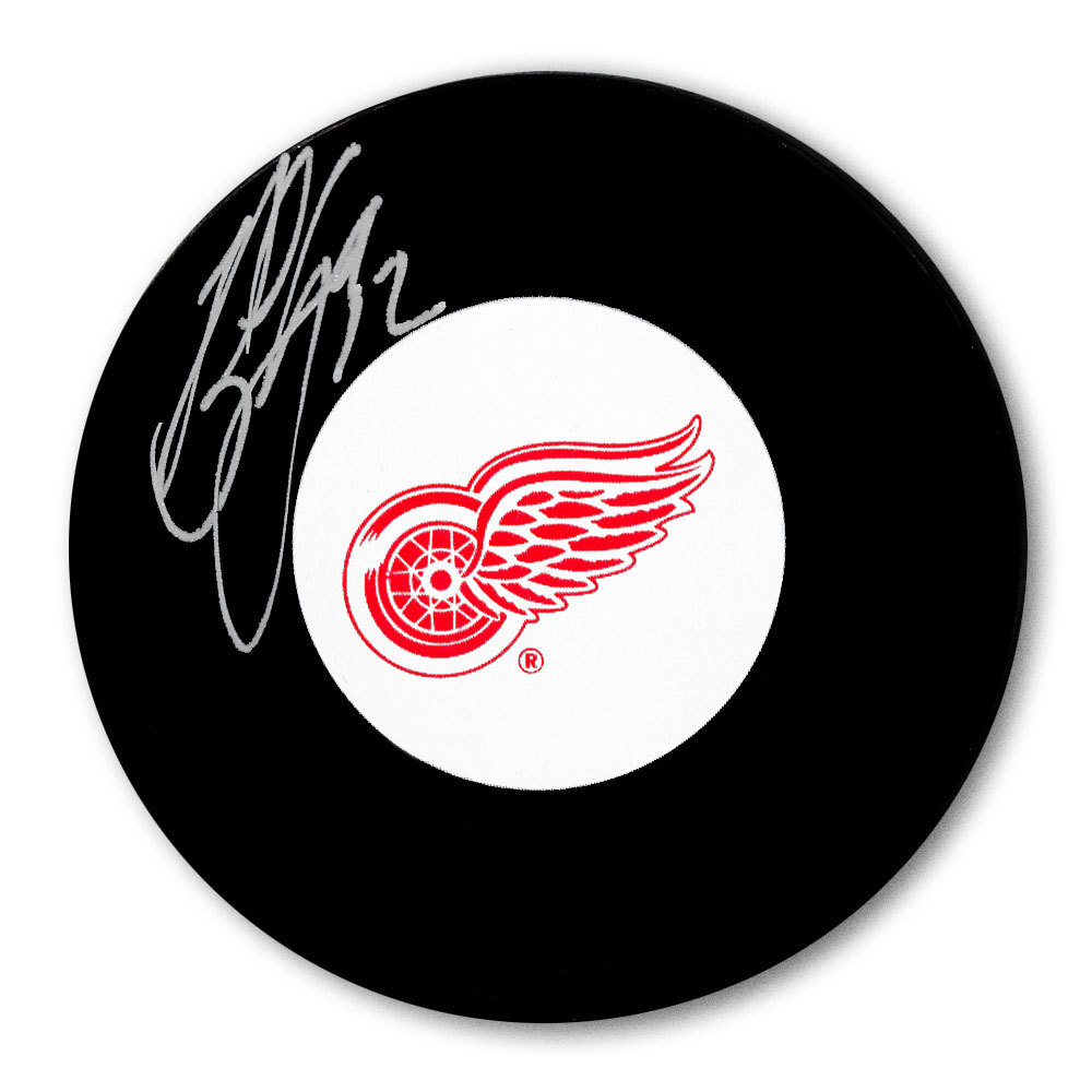 Bob Errey Detroit Red Wings Autographed Puck