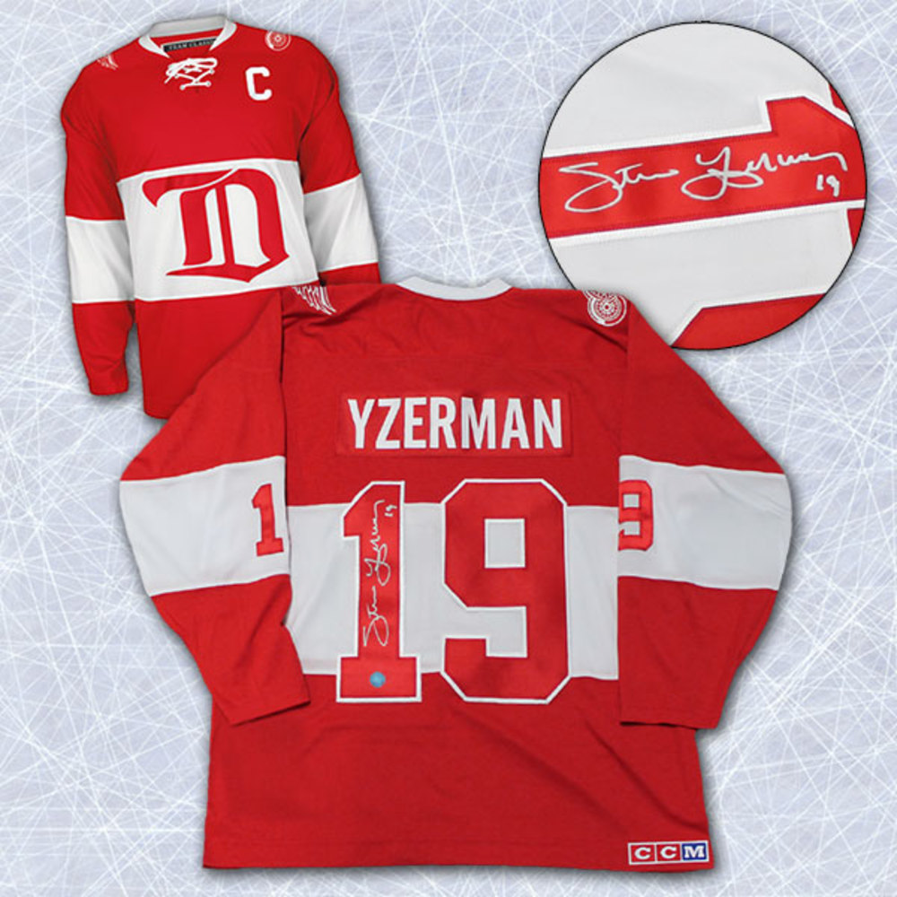 Steve Yzerman Detroit Red Wings Autographed Winter Classic Alumni Hockey Jersey